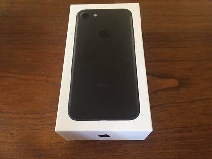 iPhone 7, unused, Black, 128GB