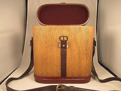 Vintage Single Bottle Wine Brown Basket with Shoulder Strap & Service for Two