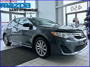 2014 Toyota Camry LE Mags, Toit Ouvran