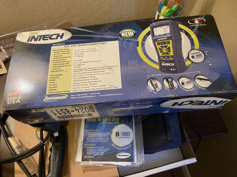 Bacharach 0024-8511 - Fyrite InTech Portable Combustion Analyzer