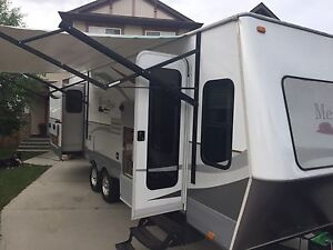 Luxury trailer for rent at Woods lake , Kelowna bc July 11