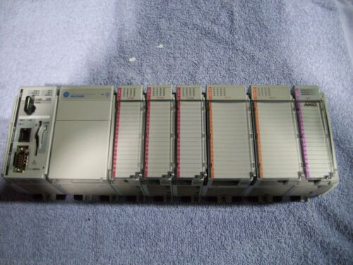 Pre-Owned A&B 1769-L32E Series A Rev: 1.15 Controller Processor w/Modules