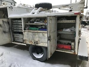 2004 Ford F550 Service Body Truck for sale