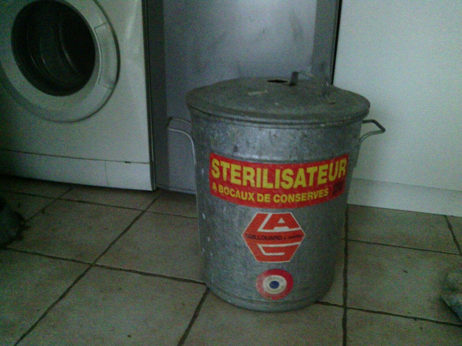 Grand sterilisateur a bocaux pour  conserves zinc