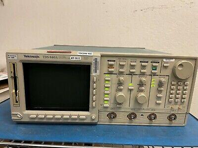 Tektronix Tds640a 500mhz 2gss Digital Oscilloscope