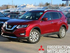 2018 Nissan Rogue SV AWD | HEATED SEATS | SUNROOF