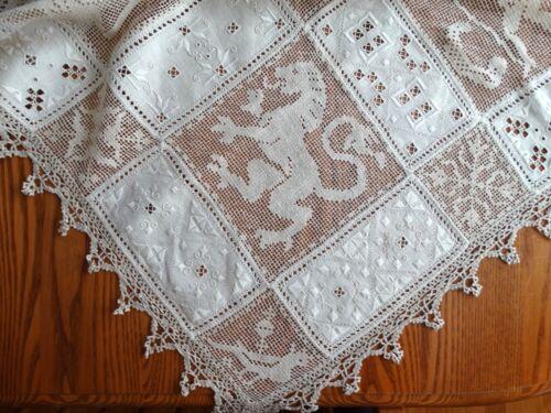 Antique Linen Tablecloth Fine Italian Handwork Filet Lace ECRU Wedding Figural