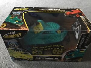 New in box Kid Galaxy remote control Morphibian