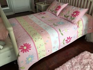 Pottery Barn Daisy Garden Quilt Bedding - Full/Queen