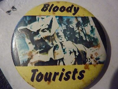 """10cc BLOODY TOURISTS 10cc """"Vintage 1970's - 1980's    BADGE **2 ½ """""""