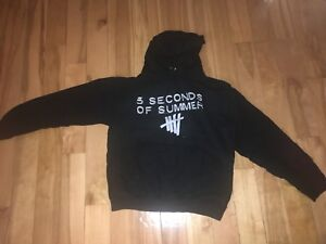 5 Seconds of Summer merch