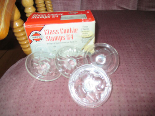 VINTAGE Clear GLASS COOKIE STAMPS by NORPRO Set of 4 with Original Box