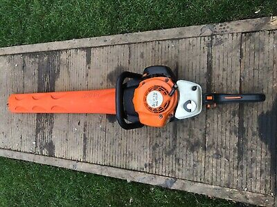 """Stihl HS81R Hedge Trimmer 30"""" Blade Length, double sided cut"""