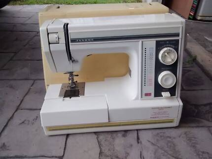 Janome sewing machine Buderim Maroochydore Area Preview