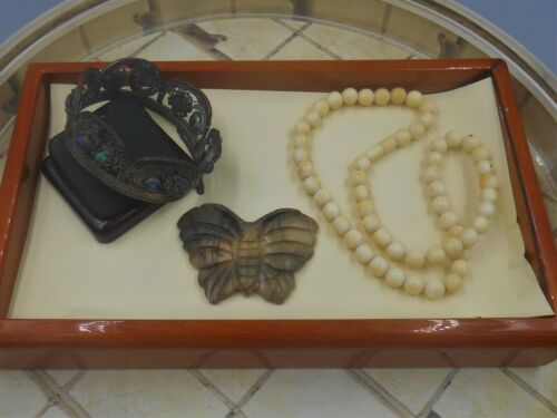 MIXED LOT ESTATE FINDS INTERESTING OLD CHINESE BRACELET BEAD NECKLACE CARVED