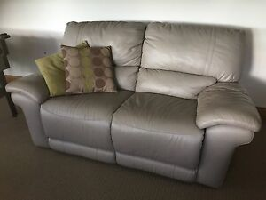 Leather recliner and chaise lounge/sofa - excellent condition Kurmond Hawkesbury Area Preview