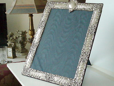 MAGNIFICENT LARGE ORNATE ANTIQUE PICTURE FRAME HALLMARKED LONDON 1900