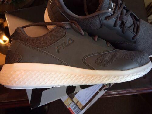 Men's Fila Grey Tennis Shoes Suze 9M New In Box
