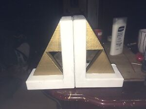 Triforce bookends