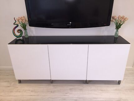 Stylish High gloss white entertainment unit / buffet Boronia Knox Area Preview