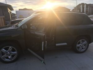 Jeep Compass 2007 fully loaded limited edition!