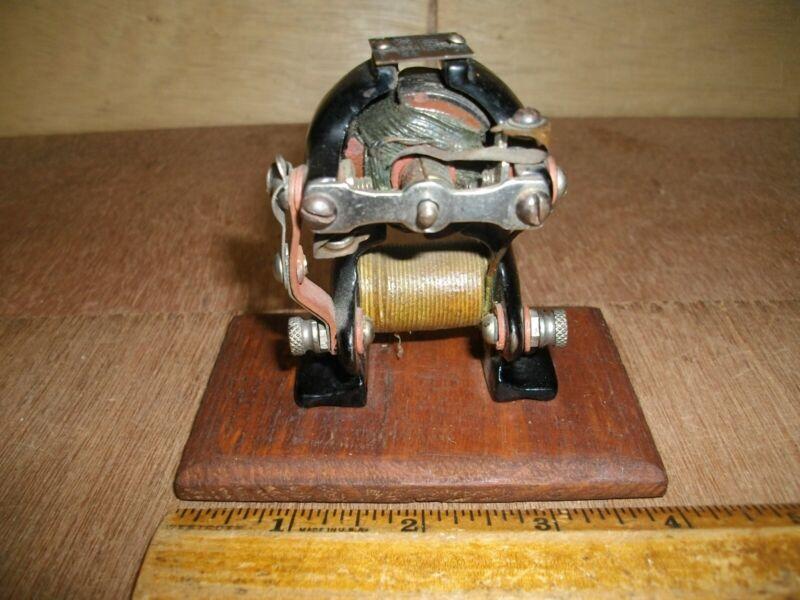 S339         Antique LITTLE HUSTLER Electric Motor