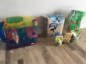 Like New Kaytee CritterTrail Hamster cage and bedding and food!