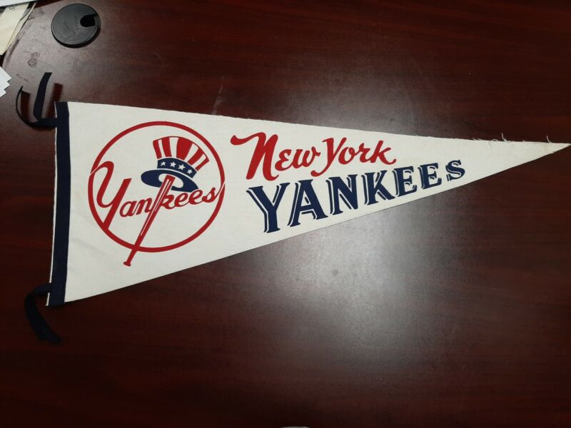 Vintage Felt Pennant New York Yankees  VG