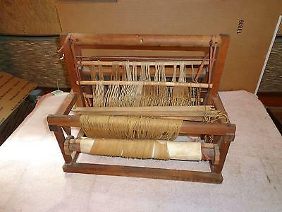 "VINTAGE  WOODEN WEAVING LOOM  <>  16"" x 15"" x 12""  <>  L@@K !"