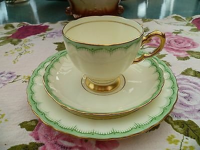 Lovely Vintage Tuscan English China Trio Tea Cup Saucer Lemon cream Green 6146