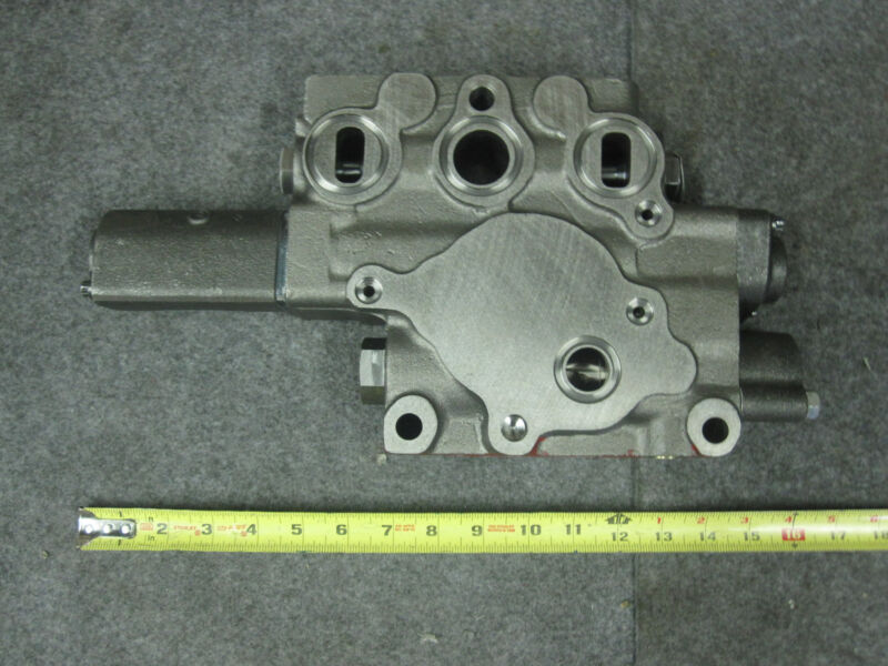Cat 2457400 / 245-7400 Sectional Valve New
