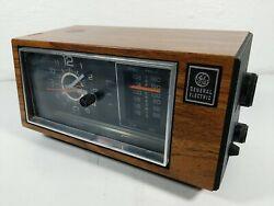 Vintage GE General Electric Model 7-4553D AM/FM Alarm Clock Radio Tested