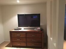 Fully furnished Granny Flat. Includes all bills. Labrador Gold Coast City Preview