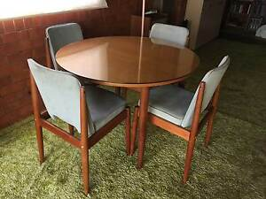 Dining Table & 4 Chairs South Toowoomba Toowoomba City Preview