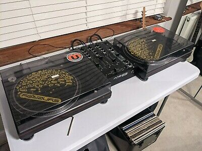 Dj vinyl decks and mixer