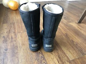 UGG taille 6