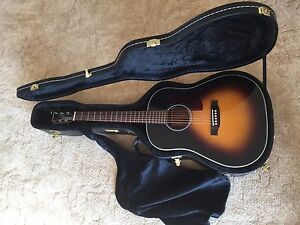 Tanglewood TW40 SD VS acoustic electric guitar with case Bairnsdale East Gippsland Preview