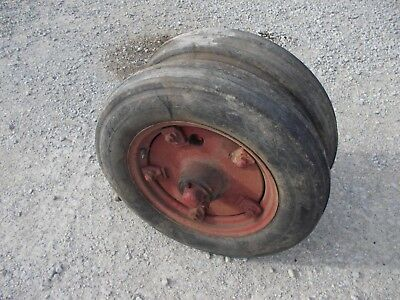 Mccormick F12 F14 Tractor Complete Early Buckle Style Pedestal Hubs Rims Tires