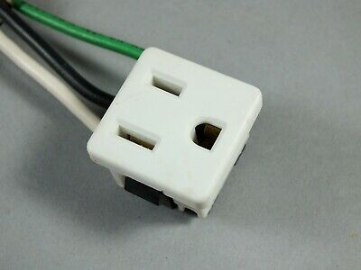Leviton 15 Amp 125-Volt Snap-in Grounding Single Panel Outlet - White