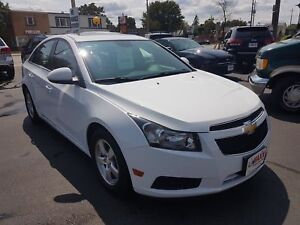 2014 CHEVROLET CRUZE 2LT- POWER GLASS SUNROOF, REAR VIEW CAMERA,