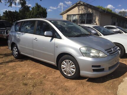 Toyota avensis 7 seater automatic Coonabarabran Warrumbungle Area Preview