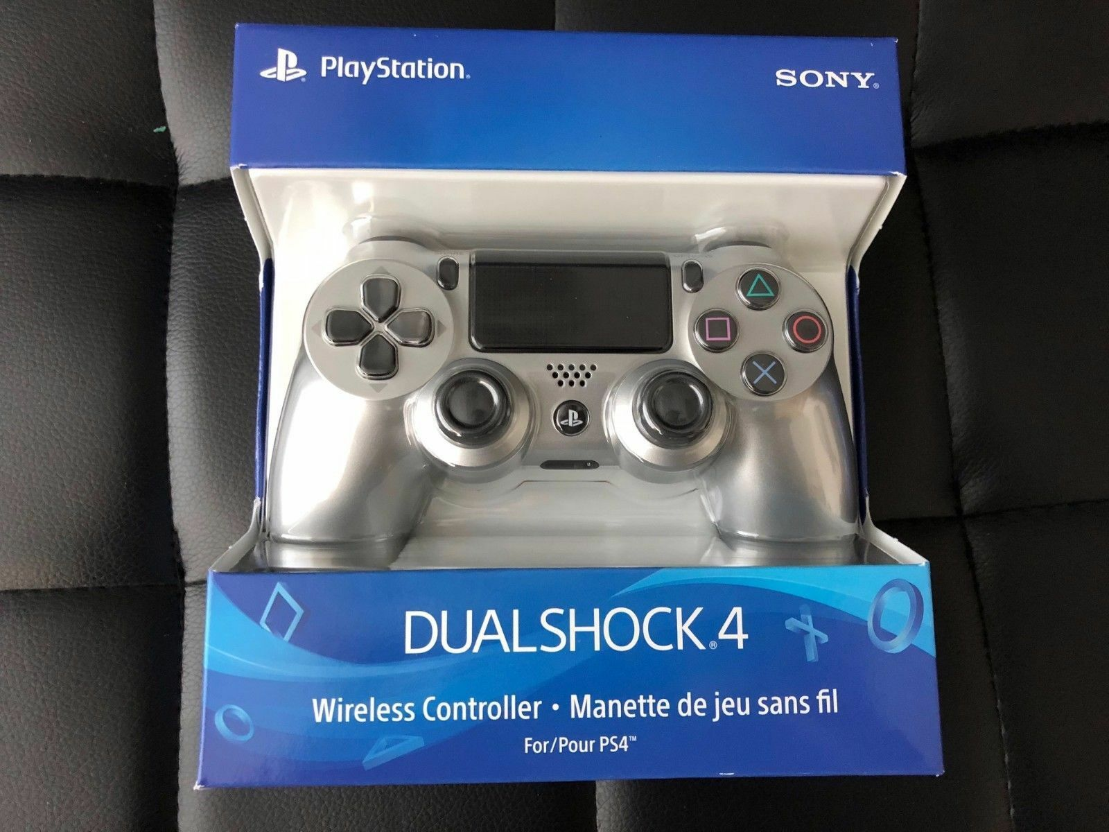 AUTHENTIC Sony PlayStation 4 PS4 Dualshock 4 Wireless Controller Jet Black