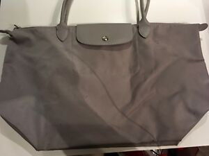 Longchamp Le Pliage Large light grey