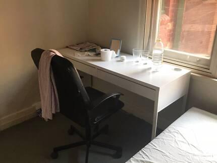 Ikea BESTÅ BURS Desk for sell