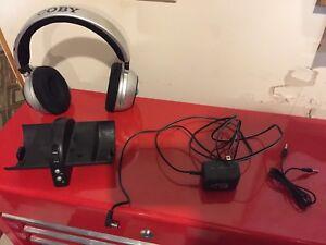 Coby Wireless 900 MHz Headphones