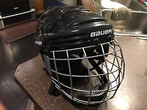 Bauer 2100 Junior Helmet with Cage