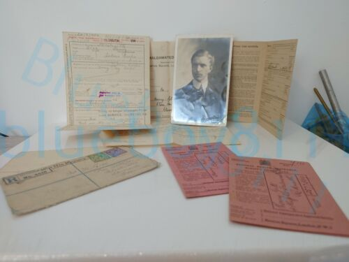 Mixed Ephemera & Photo of WW1 Army Pay corps soldier relating to his service