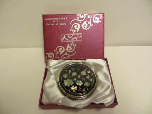 Lacquerware Inlaid with Mother-of-Pearl - Made in Korea - compact mirror