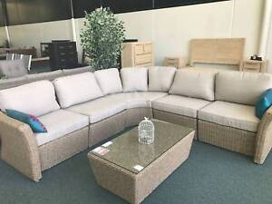 HOME DESIGNS OUTDOOR FURNITURE CLOSING DOWN SALE