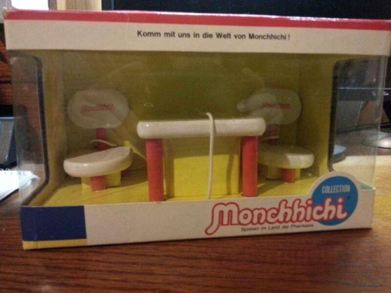 Vintage 1974 Monchhichi,Monchichi, Munchichi Furniture Table and chairs MIB RARE